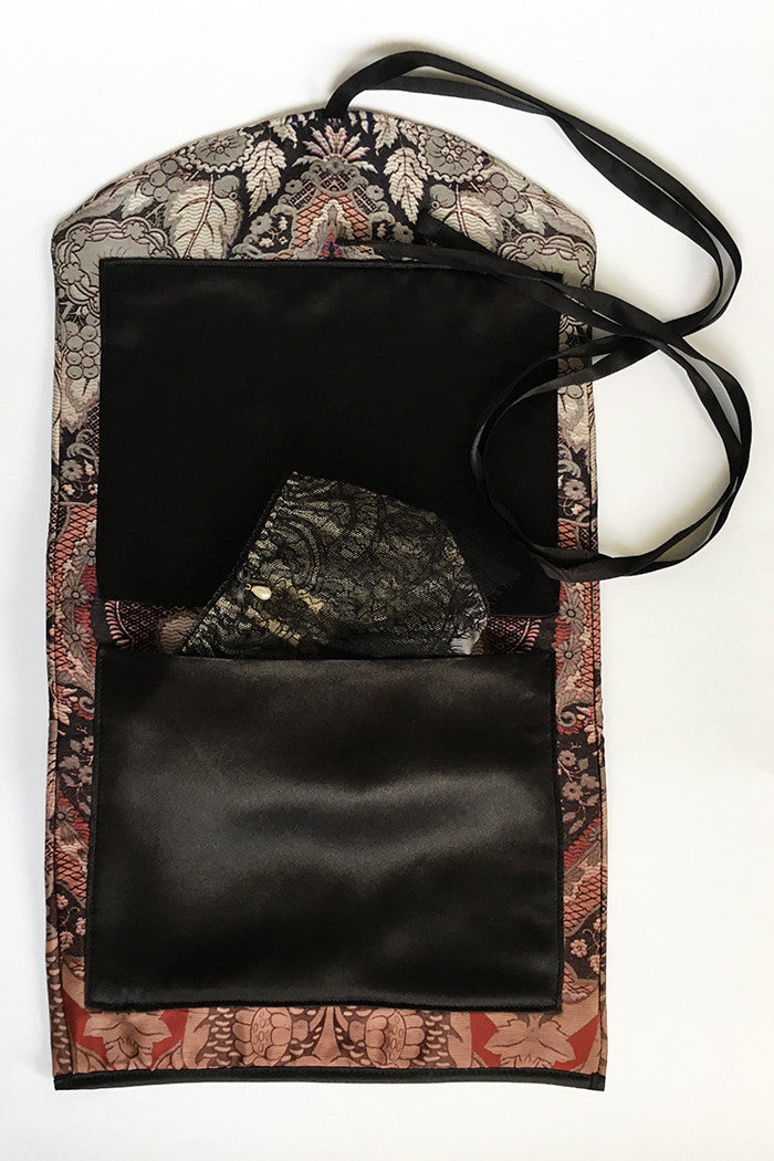 Patterned pure silk lingerie travel bag
