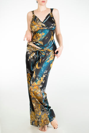 Nova luxury print cup sized silk pyjama set