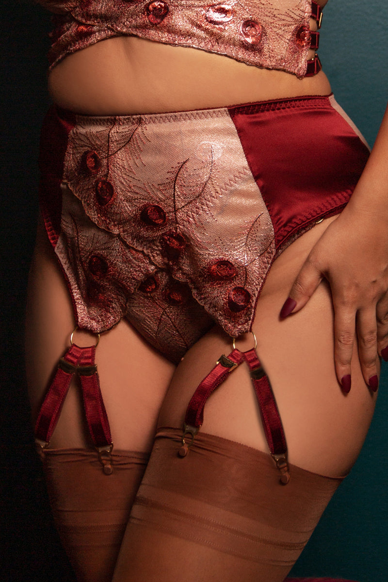 8 strap vintage style garter belt strap detail in luxury metallic embroidery and red silk