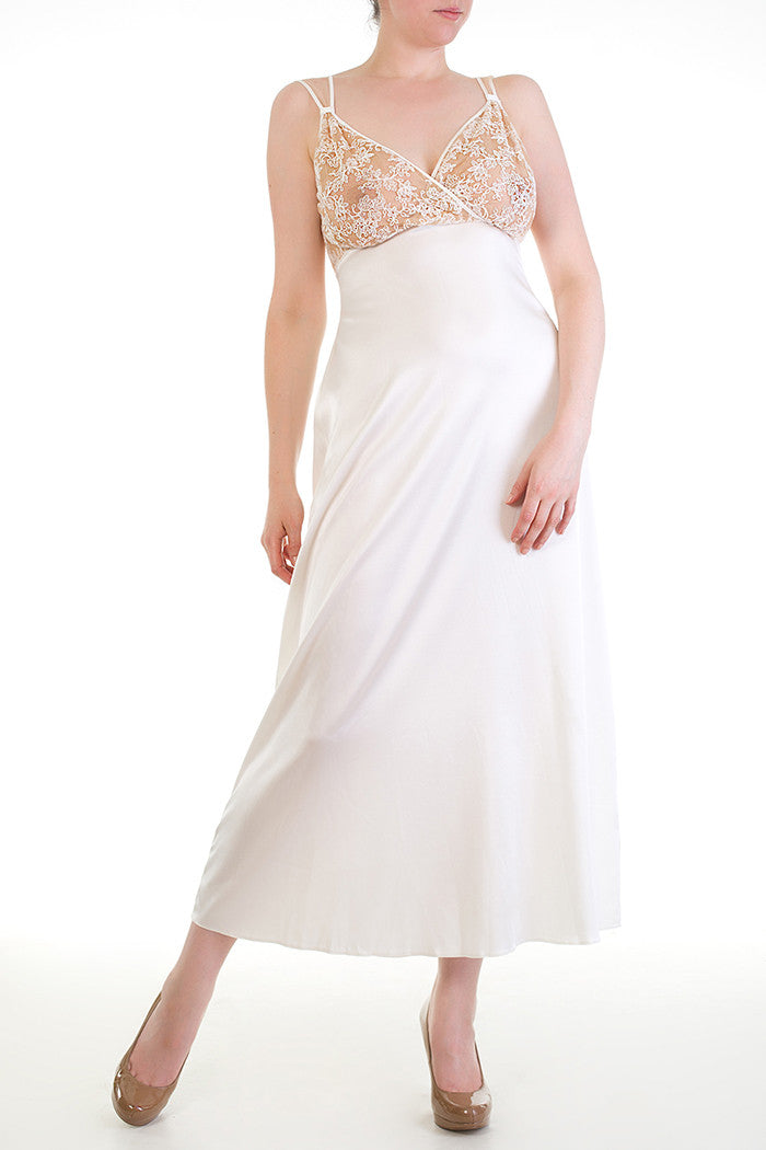 Serena Ivory Bridal Full Bust Gown