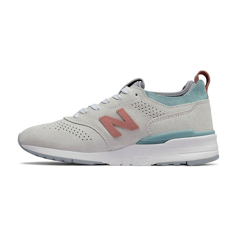 New Balance Pig Suede Rubber Sole Fabric and Synthetic Men's Sneakers Made In USA M997VA2