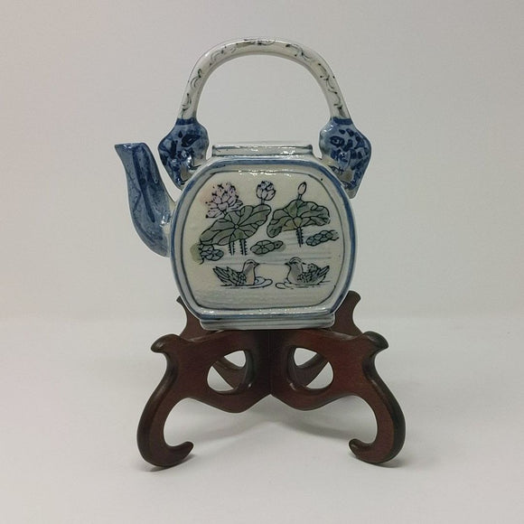 Ceramic Oriental Tea Pot