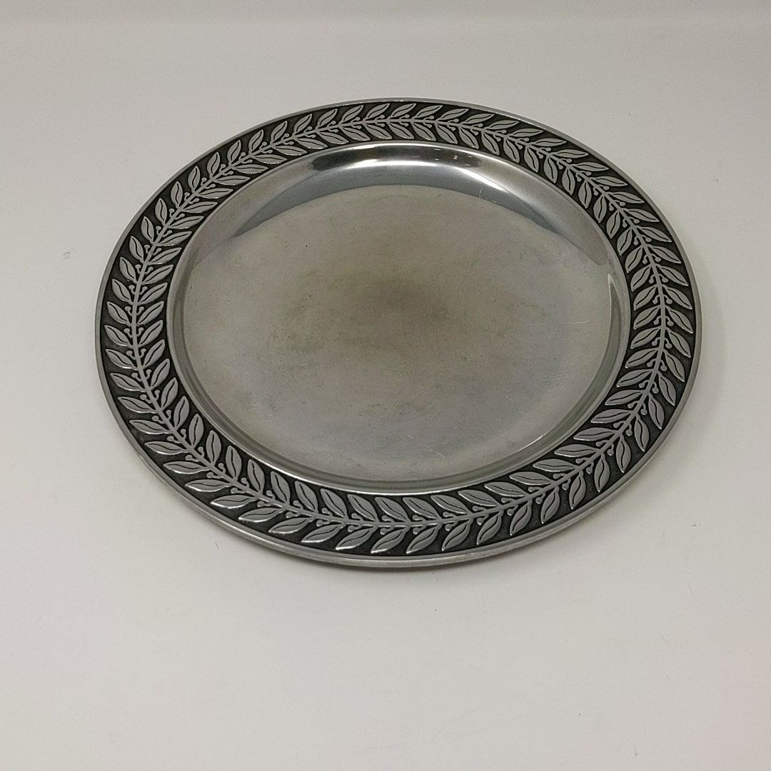 Vintage Wilton Armetale Pewter Charger