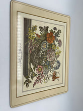 Load image into Gallery viewer, Set of 4 Vintage Pimpernel Place Mats