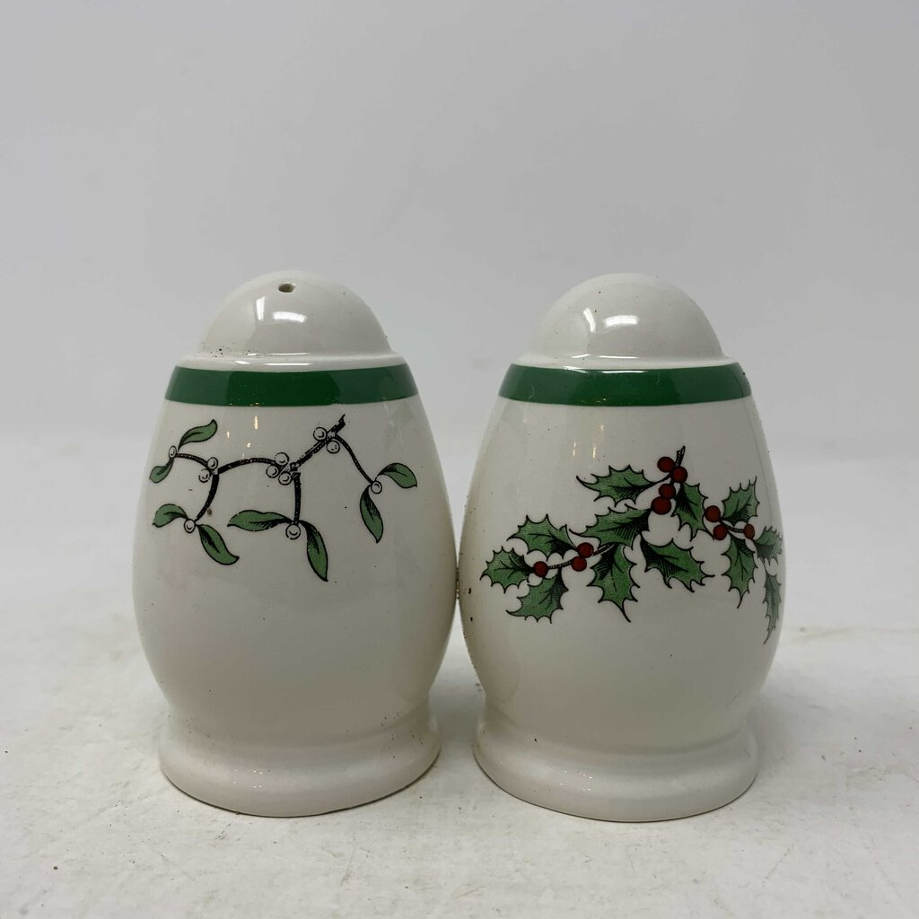 Spode Christmas Tree Salt & Pepper