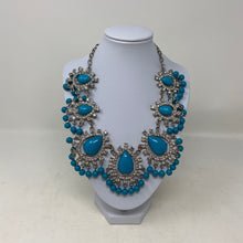Load image into Gallery viewer, Turquoise Cabochon Rhinestone Fashion Necklace