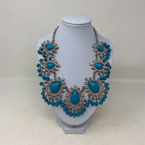 Turquoise Cabochon Rhinestone Fashion Necklace
