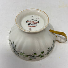 Load image into Gallery viewer, Theodore Haviland Saratoga Coffee Cup