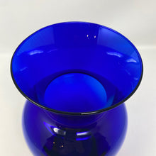 Load image into Gallery viewer, Cobalt Blue Glass Vase