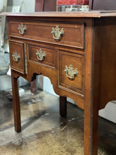 Load image into Gallery viewer, Hekman Banded Cherry Chippendale Style Four Drawer Table