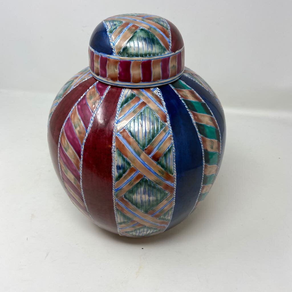 Ginger Jar with Lid