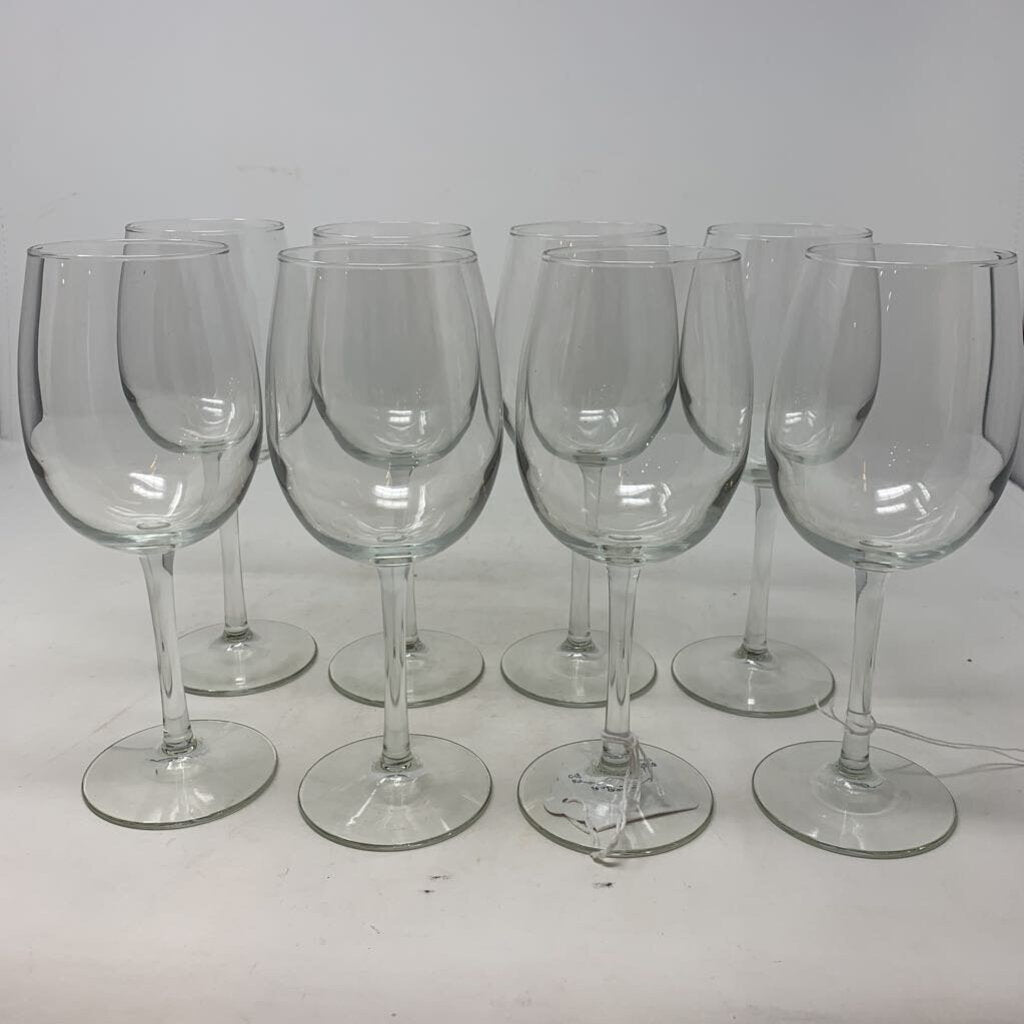 8 White Wine Glasses