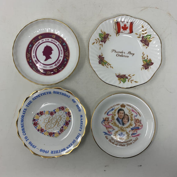 Lots of Four Trinket Dishes