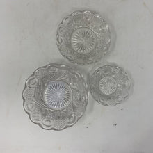 Load image into Gallery viewer, Metropolitan Museum of Art Glass Candy Dishes- Set of 3