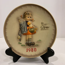Load image into Gallery viewer, M. J. Hummel Collector's Plate- 1980
