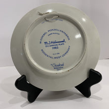 Load image into Gallery viewer, M. J. Hummel Collector's Plate- 1983