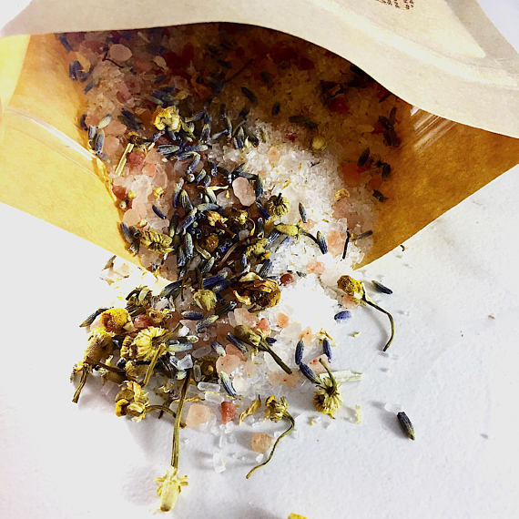 Calming Bath Salts / Detox / Relaxation / Lavender