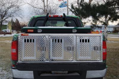 Image of Hunter Series Triple Compartment Dog Box - All Seasons Rear Vents w/o Storage - DOGSWAGI