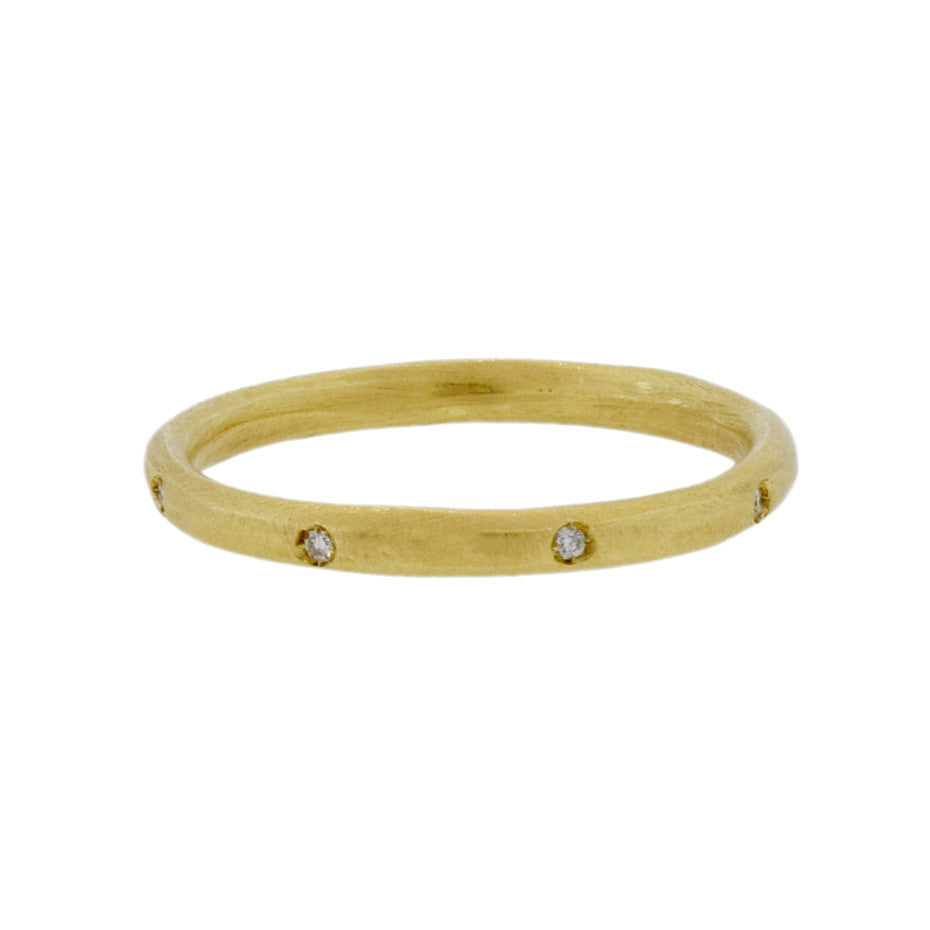 Gold Ring with 8 Diamonds