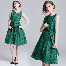 New autumn and winter temperament Slim waist color sleeveless vest Jacquard dress female - Smoulder Products