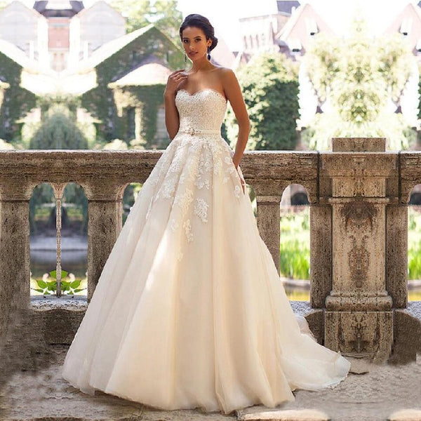 Sweetheart Neck Wedding Dress  Lace Appliques with Belt Lace Up Wedding Gowns Robe Mariage