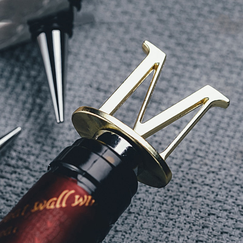 Personalized Letter Wine Stoppers Preservation Reusable Wine Bottle Saver Golden Metal Sealing Preserver Caps Wine Accessories - Smoulder Products