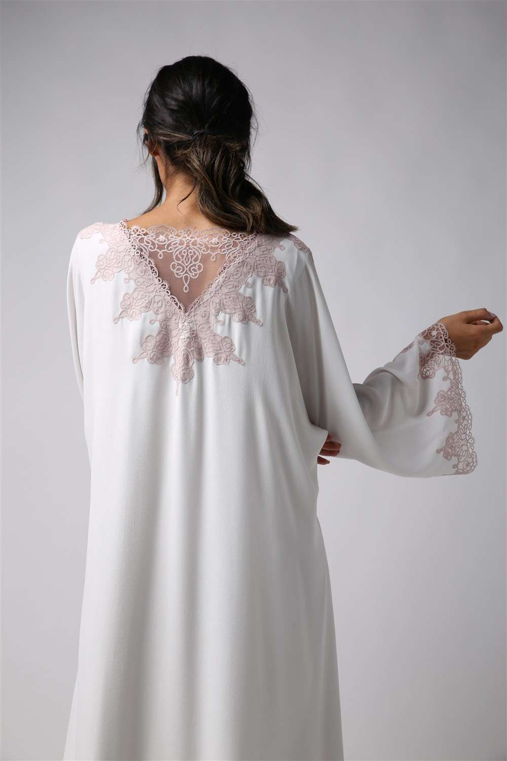 Nightgown - Off White Roja - Powder