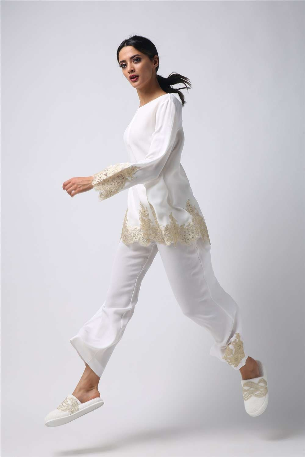 Pajama - Off White Spring - Gold