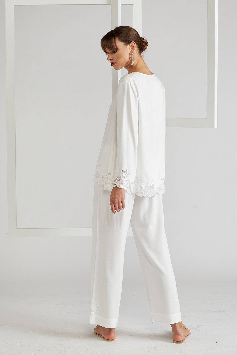 Trimmed Rayon Pyjama Set - Big Rose ( Off White ) Off White