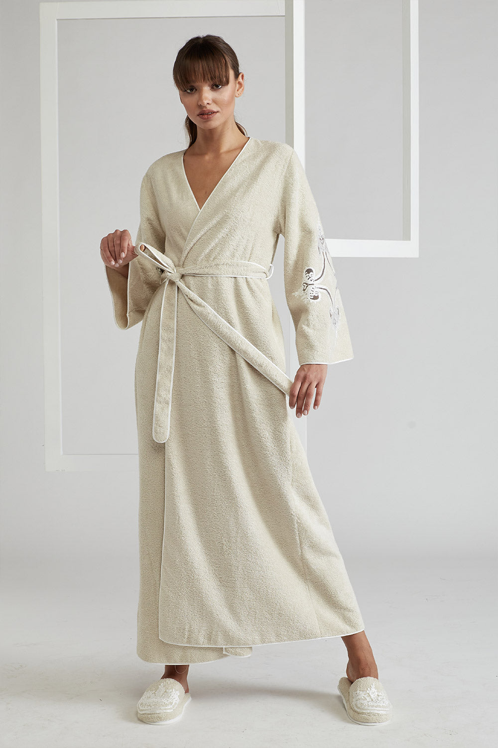 Trimmed Belted Towel Bathrobe