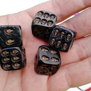 Handmade Black Skull Dice 5 Pieces/Set TopViralPick