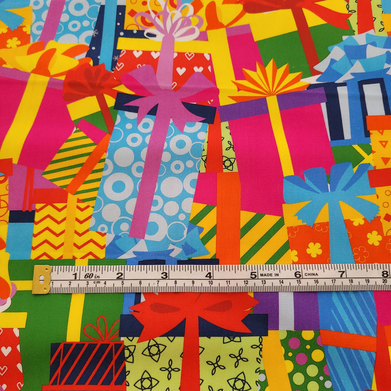 Giftboxes 1M Cut - Cotton Lycra-Flossy Fabrics