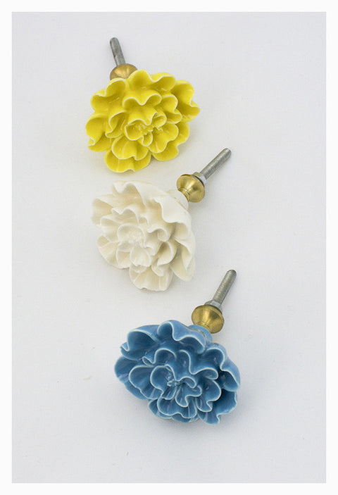 Chrysanthemum Knobs