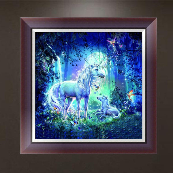 White Horse - Partial Round Diamond Painting