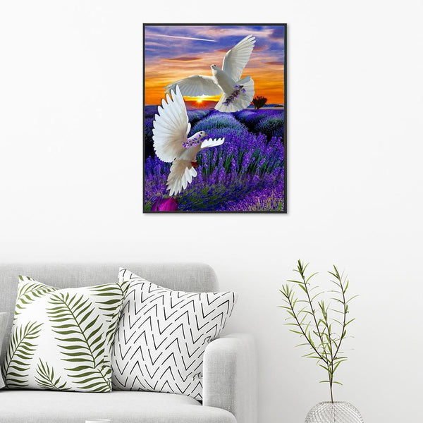 Flying Eagle Lavender - Full Round Diamond Painting