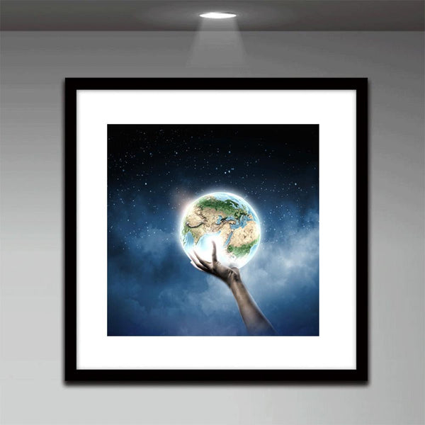 Earth in Hand - Full Round Diamond Painting