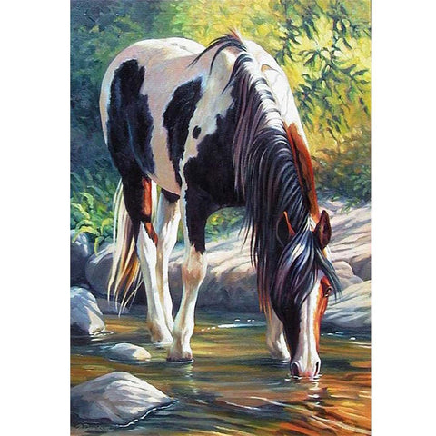 Drinking Horse - Full Round Diamond Painting