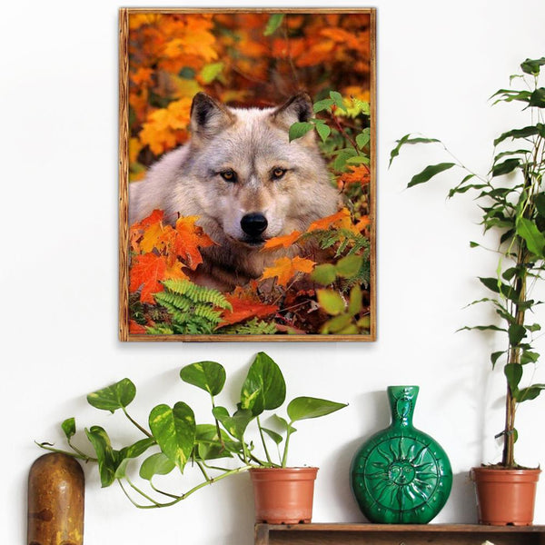 Wolf in the Jungle - Full Round Diamond Painting
