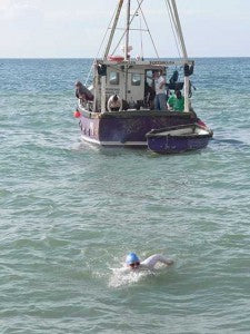elaine howley swims the english channel