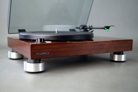 Fluance RT80 / RT81 turntable for sale with the best recommended feet.