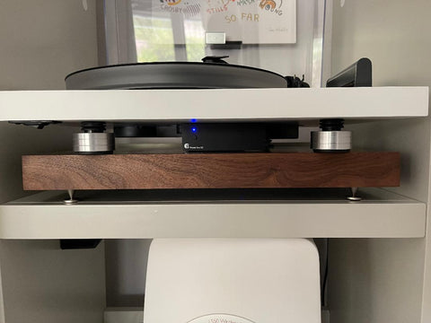 Stop needle skipping and hum repair upgrade to new turntable isolation feet