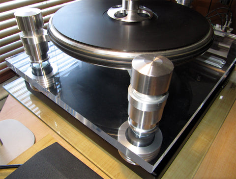 Custom Made Anti-Vibration Feet For Oracle Audio Delphi Turntable with Mnpctech isolation feet for Oracle Delphi V turntable.