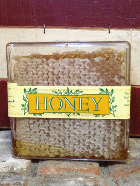 Natural (raw) Honey Comb Square (8oz)