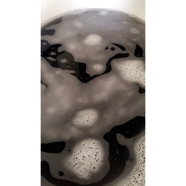 Black & Gold Rose Bath Bomb