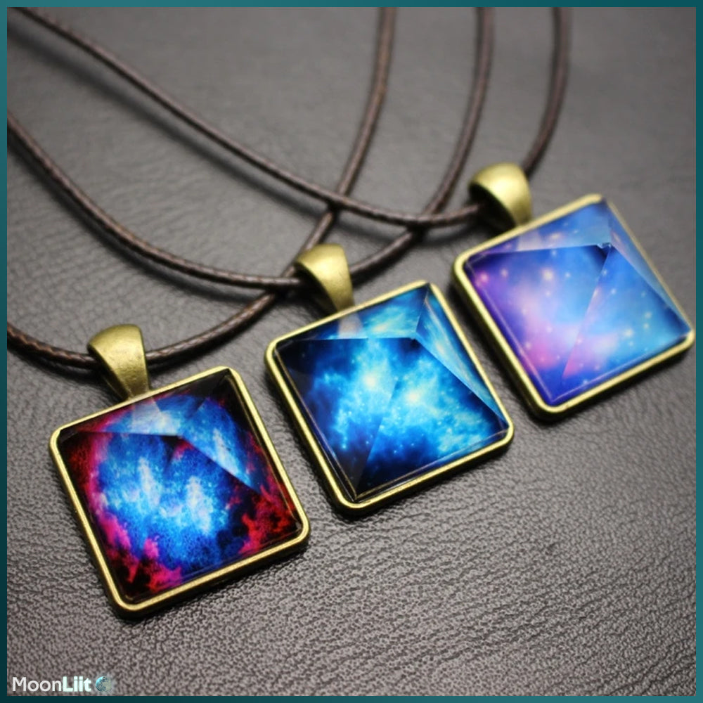 Luminous Pyramid - Pendant - MoonLiit