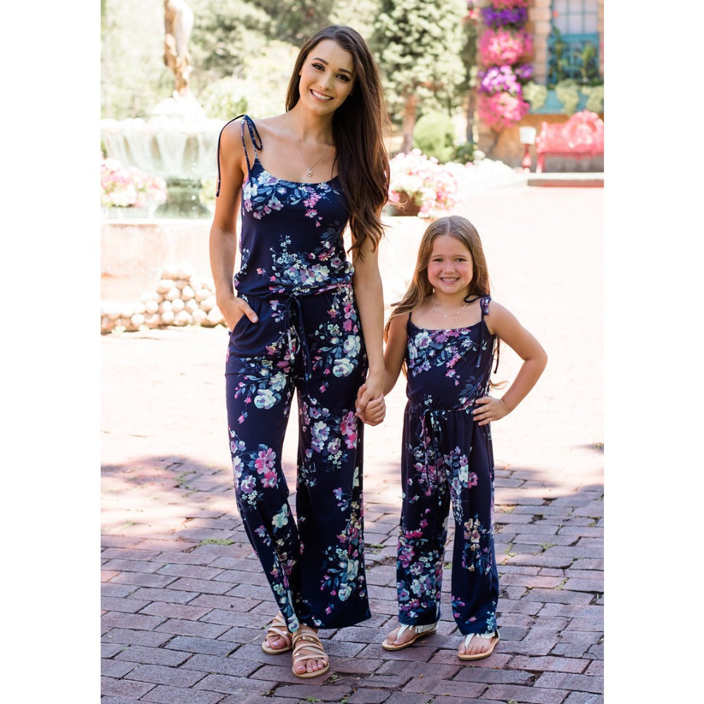 Mommy And Me Clothes Europe And America Summer New Mom Daughter Deep V Straps Jumpsuit Parent-Child Wear Family Matching Clothes