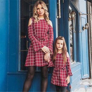 Autumn Winter Long Petal Sleeve Off Shoulder Red Plaid Vintage Mother and Daughter Party Plaid Dress