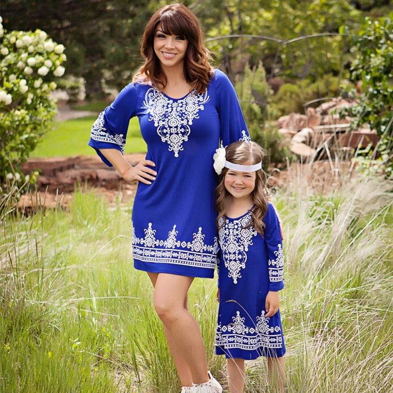 2017 Newest Arrival Mother Daughter Dresses Mama Mommy and Me Clothes Kids Girls Retro Chic Boho Hippie Dress for Evening Party