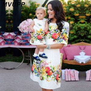 MVUPP mom and daughter dresses family matching outfits floral print clothes for mommy me mother baby girl evening dress look