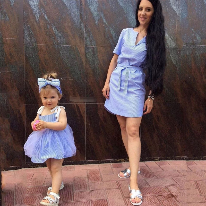 Newly Family Matching Mother And Daughter Dress Outfits Mommy and me Striped Clothes dress Baby Girl Plaid Shirt